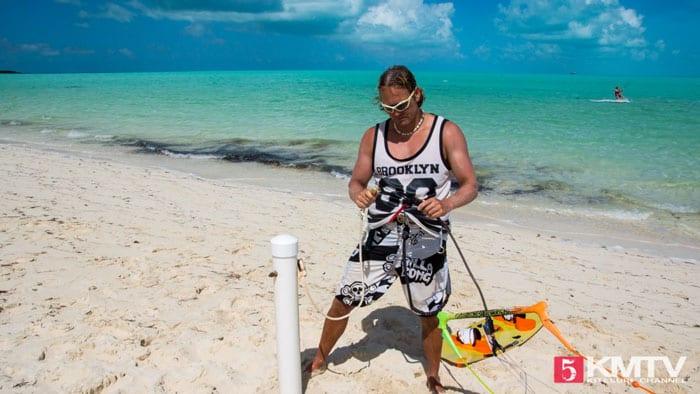 Kite selber starten - Kitesurfen lernen