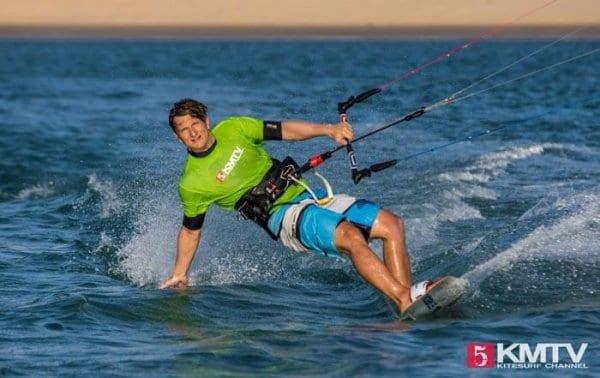 Kitesurfen lernen - Tipps und Tricks für Anfänger