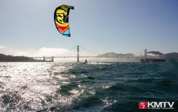 Kitereisen San Francisco - Kitesurfen unter der Golden Gate Bridge