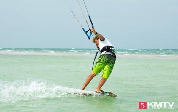 Blind fahren beim Kiten – Tipps & Video zum sicheren Erlernen by kitereisen.tv
