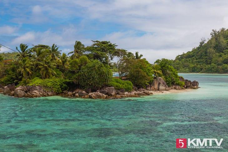Mahé Seychellen Kitesurfen – Kitereisen in die traumhafte Inselwelt