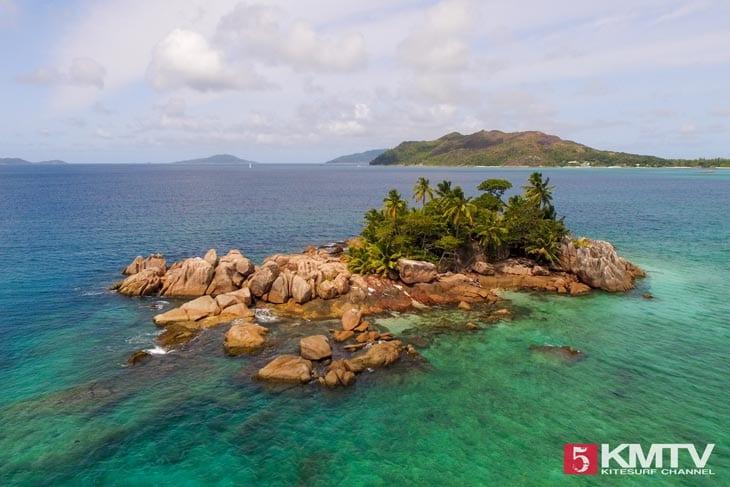 Praslin Seychellen Kitesurfen – Kitereisen in die traumhafte Inselwelt