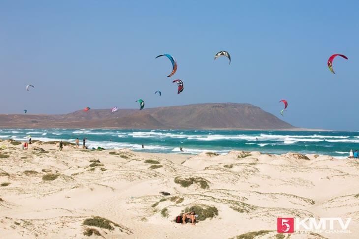 Kitebeach / Sharkbay - Kitereisen und Kitesurfen Sal Kapverden