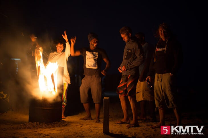 Beach Party Kitebeach - Kitereisen und Kitesurfen Sal Kapverden