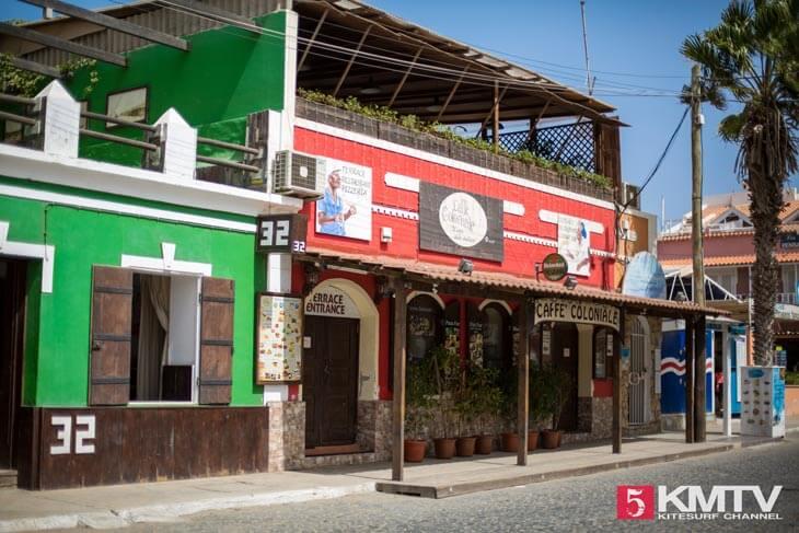 Santa Maria Zentrum - Kitereisen und Kitesurfen Sal Kapverden