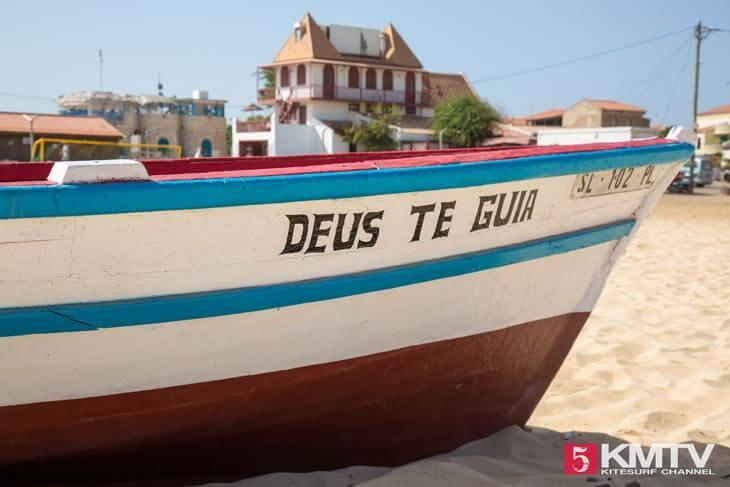 Hafenkai Santa Maria - Kitereisen und Kitesurfen Sal Kapverden