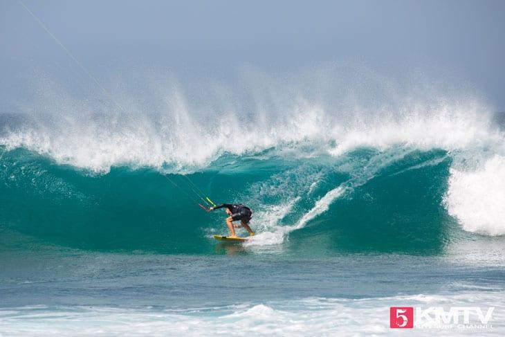 Wellen der Extraklasse - Kitereisen und Kitesurfen Sal Kapverden