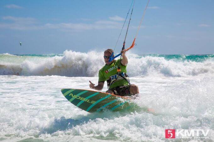 Maik am Ponta Sino- Kitereisen und Kitesurfen Sal Kapverden