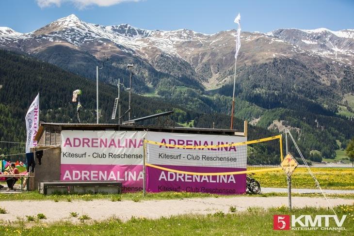 Adrenalina Kitesurf Club – Kitereisen Reschensee by kitereisen.tv