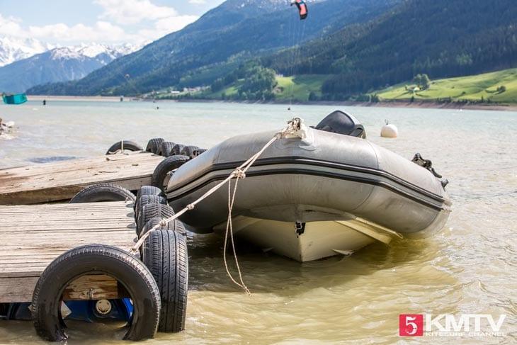 Rettungsboot – Kitereisen Reschensee by kitereisen.tv