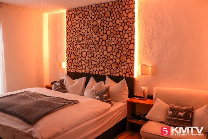 Zimmer Hotel Etschquelle – Kitereisen Reschensee by kitereisen.tv