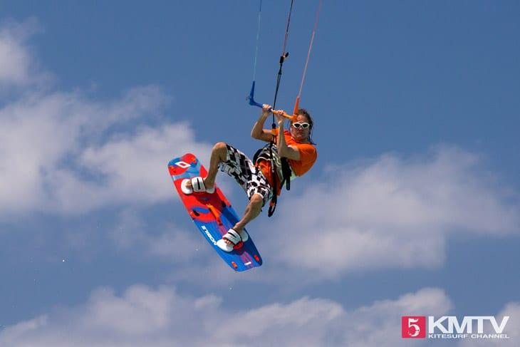 Ivory Kai Beach Kitespot - Cayman Islands Kitesurfen und Kitereisen