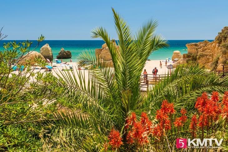 Praia dos tres Irmaos - Algarve Portugal Kitereisen und Kitesurfen