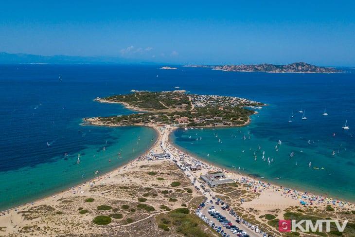 Kitespot Porto Pollo - Sardinien Kitereisen und Kitesurfen
