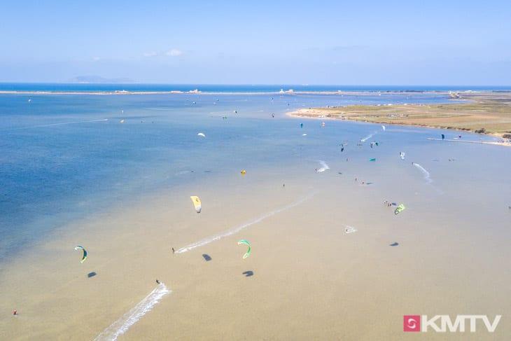 Lagune Lo Stagnone - Marsala Sizilien Kitereisen und Kitesurfen