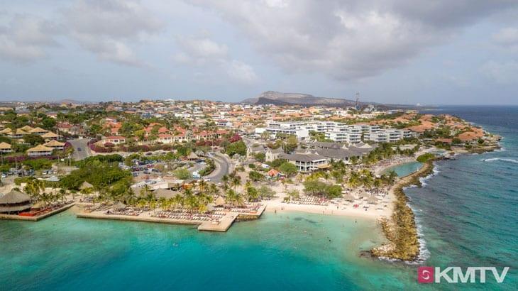 Jan Thiel Beach - Curacao Kitereisen und Kitesurfen