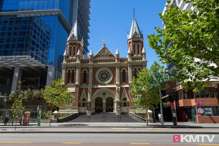Trinity Church - Perth Kitereisen und Kitesurfen