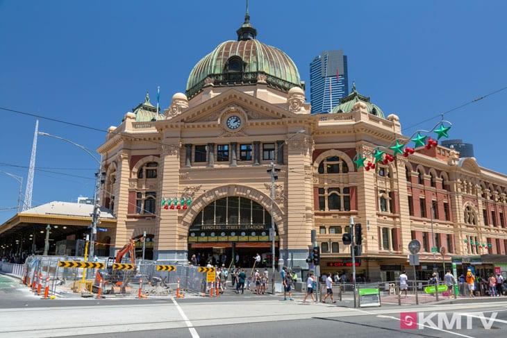 Flinders Street Station - Melbourne Kitereisen und Kitesurfen