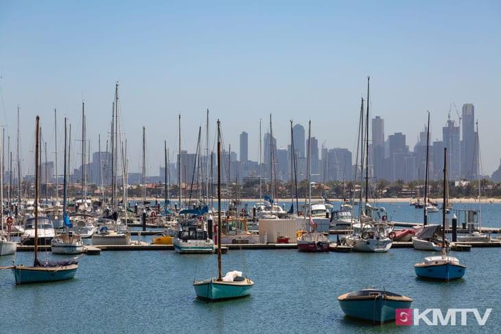 St. Kilda Beach and Pier - Melbourne Kitereisen und Kitesurfen