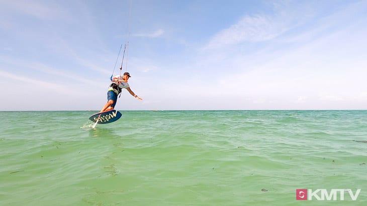 Wende in Switch - Foilen lernen beim Kiten